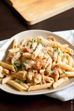 Pâtes crémeuses à la tomate, poulet et parmesan - Cahier de gourmandises