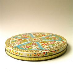 vintage Shallow Floral Decorative Tin Container by SkinnyandBernie