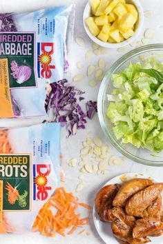 Hawaiian Salad with Pineapple Chicken - This healthy, tropical salad has… Pineapple Chicken Recipes, Hawaiian Chicken, Hawaiian Recipes, Hawaiian Side Dishes, Hawaiian Salad, Shredded Carrot, Fresh Fruits And Vegetables, Marinated Chicken, Red Cabbage