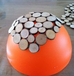 craft a bowl of wood slices, slices # craft # bowl . craft a bowl of wood slices, slices # arts and crafts Wood Slice Crafts, Wooden Crafts, Wooden Diy, Handmade Wooden, Wooden Slices, Wooden Bowls, Diy Crafts To Sell, Home Crafts, Deco Nature