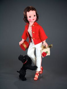 Cissy does her errands with great panache in her nautically inspired ensemble - of course her French Poodle makes for the perfect accessary! Old Dolls, Antique Dolls, Vintage Dolls, 1950s Fashion, Fashion Dolls, Fashion Vintage, Vintage Madame Alexander Dolls, Glamour Dolls, New Fashion Trends