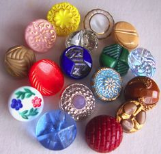 Lot of 17 Colorful Lot Vintage Glass Buttons