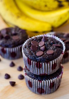 Skinny Chocolate Banana Fudge Muffins #chocolates #sweet #yummy #delicious #food #chocolaterecipes #choco