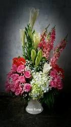 Toko Bunga di Jakarta adalah Toko Bunga Finaz sekaligus salah satu toko bunga terbaik di daerah Ibu Kota Jakarta yang menjual berbagai bunga segar pilihan.