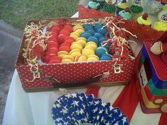 Macarons Circus Party