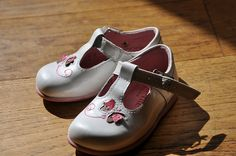 I used to have shoes like this when i was younger. I would love love love if my baby had some too!