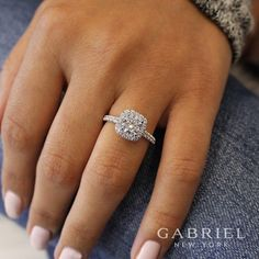 This captivating morganite flower engagement ring makes an amazing gift for the woman in your life whether a wife, friend or mother. It features a rose gold diamonds encrusted band with an intricately designed solid gold flower with morganite center. Beautiful Engagement Rings, Vintage Engagement Rings, Diamond Engagement Rings, Solitaire Rings, Halo Rings, Moissanite Engagement Rings, Expensive Engagement Rings, Double Halo Engagement Ring, Halo Halo
