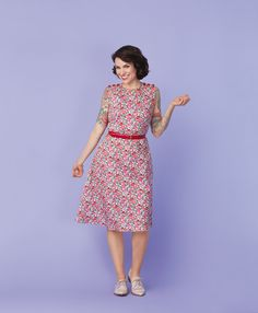 Free Floral Day Dress Pattern from Gertie's Ultimate Dress Book | Sew Mama Sew | Outstanding sewing, quilting, and needlework tutorials since 2005.