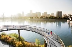 Running in Portland, Oregon The Vera Katz Eastbank Esplanade – a 1.5-mile section of a larger network of trails and bridges that connect both sides of the bustling city – skirts the waters of the Willamette River.
