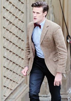 Doctor Who Costumes, Doctor Who Cosplay, Matt Smith Doctor Who, Cute Names, 11th Doctor, Jenna Coleman, New Series, Cool Photos, Suit Jacket