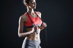 Smart Rope is an LED-embedded jump rope that works with your smartphone.