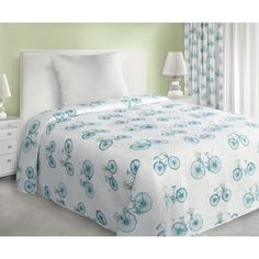 Tyrkysovy prehoz na postel s cyklistickym motivem Comforters, Blanket, Bed, Furniture, Home Decor, Creature Comforts, Quilts, Decoration Home, Stream Bed