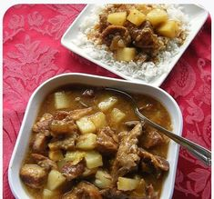 Delicious sweet and sour pineapple spare ribs recipe. Get more local style recipes here. Ono Kine Recipes, Rib Recipes, Asian Recipes, Cooking Recipes, Cooking Tips, Smoker Recipes, Entree Recipes, Asian Cooking, Food Tips