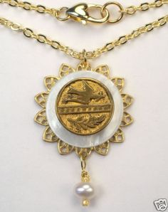VINTAGE BUTTON JEWELRY