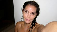Terri Hatcher.... Jennifer Lopez Sans Maquillage, Jennifer Lopez Makeup, Makeup Photoshop, No Photoshop, Desperate Housewives, Teri Hatcher, Botox Before And After, Celebrity Selfies