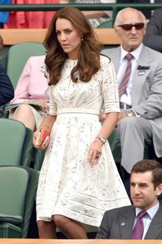 How To Do Summer Whites Like A Royal   The Zoe Report