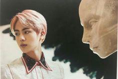 BTS Kim Seokjin / Jin / 긴석진 / 진 The Wings Book Blood, Sweat and Tears / 피 땀 논몰
