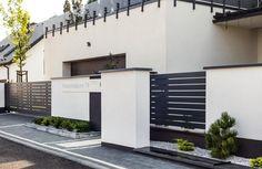 House Fence Design, Modern Fence, Garage Doors, New Homes, Woodworking, Exterior, Outdoor Decor, Interior Designing, Home Decor