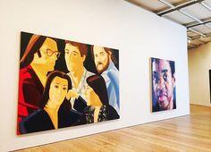 """Nesta sexta-feira o @whitneymuseum promove uma série de exposições que reforçam seu compromisso com o diálogo aberto o engajamento cívico e a diversidade na arte. Ao longo do dia marcado pela posse do presidente eleito dos EUA Donald Trump artistas escritores curadores e educadores lideram conversas sobre os mais variados temas como imigração e etnia. O museu de Nova York estará aberto das 10h30 às 22h no esquema """"pay what you wish"""" ou seja o visitante pode pagar o valor que deseja para…"""