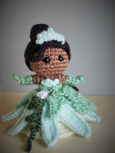 Tiana - Princess and the Frog Disney Amigurumi Crochet. Pattern by Sahrit