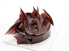 Tarta de Chocolate, Frambuesa y Te Verde. Trabajo de los alumnos en la Casa-Escuela de Pastelería, dirigido por el Pastry Chef Yann Duytsche.