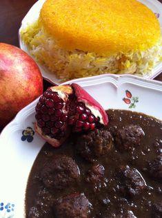La mia cucina persiana: Khoresh Fesenjan - Stufato alle Noci e Salsa di Melograno