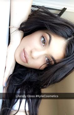 Image uploaded by king_kylizzle. Find images and videos about kylie jenner, jenner and kylie on We Heart It - the app to get lost in what you love. Kendall Y Kylie Jenner, Kylie Jenner Makeup, Kylie Jenner Style, Kris Jenner, Kylie Jenner Eyes, Kourtney Kardashian, Kardashian Jenner, Maquillaje Kylie Jenner, Estilo Kylie Jenner