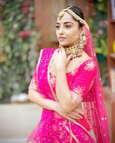 Indian Tv Actress, Manish, Indian Outfits, Indian Clothes, Alia Bhatt, Cool Items, Teen Fashion, Sari, Actresses
