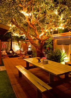 Outdoor lighting ideas for backyard, patios, garage. Diy outdoor lighting for front of house, backyard garden lighting for a party Outdoor Rooms, Outdoor Gardens, Outdoor Decor, Outdoor Seating, Outdoor Dining, Backyard Seating, Outdoor Furniture, Adirondack Furniture, Outdoor Patios