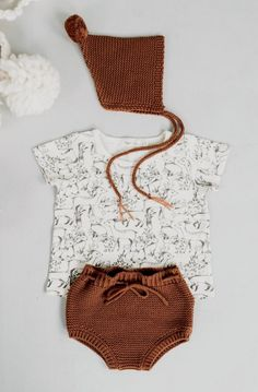 Shop for Rylee + Cru Knitted Bloomers at ShopStyle. Little Girl Fashion, Toddler Fashion, Kids Fashion, Baby Outfits, Crochet Baby Bloomers, Little Man Style, Modern Baby Clothes, Baby Boy Romper, Kind Mode