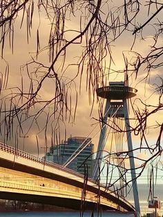 Novy most, UFO tower, Bratislava, Slovakia Bratislava Slovakia, Continental Europe, Next Holiday, Central Europe, Eurotrip, Homeland, Czech Republic, Ufo, Bridges