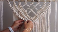 DIY Macrame Wall Hanging: How to Connect Layers tiptuesday