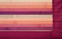 Detalle alfombra bambú Lugano.  Las alfombras de bambú son ecológicas y resistentes gracias a su fibra natural de rápido crecimiento.  Fáciles de lavar, anti-deslizantes, costuras reforzadas y resistentes al agua. #alfombras #bambú #decoración