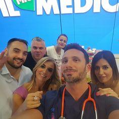 Una squadra fantastica! ❤ grandi amici a #ilmiomedico con il Dr Gabriele Benedetti Osteopata ❤👨⚕️🎬