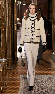 Chanel Métiers d'Art Show
