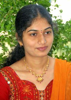 Delhi Mumbai Kolkotta Chennai Andhra Girls: FACEBOOK INDIAN AUNTIES