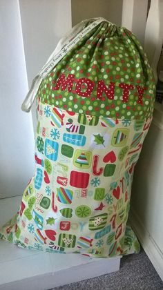 Super Simple Santa Sack Tutorial Easy peasy and no pattern required! by PoppetandPlum
