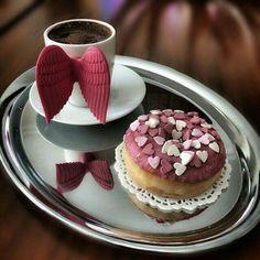 Angel Wings Mug + Donut Coffee Vs Tea, Coffee Is Life, Coffee Love, Coffee Art, Coffee Break, Morning Coffee, Coffee Cups, Bar Kunst, Pause Café