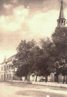starý Kerestúr - kostol a škola