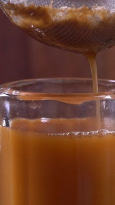 Minuman tradisional yang digolongkan ke dalam jenis jamu ini memiliki khasiat untuk meningkatkan nafsu makan dan dapat menebalkan dinding lambung yang artinya dapat menyembuhkan penyakit maag.