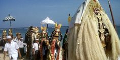 Pesta di Pantai Kuta - 10 Tempat Wisata di Bali yang Wajib Dikunjungi