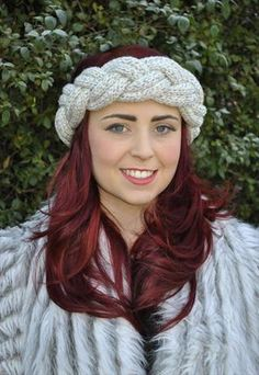 Knitted headband, want one!