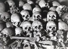 http://www.skullwallpaper.org/wp-content/uploads/wallpapers/skulls-and-bones.jpg