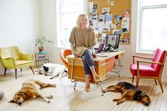 "An Office Tour That'll Make You Want To Quit Your Job #refinery29  http://www.refinery29.com/modern-farmer-office-tour#slide1  Ann Marie Gardner, editor-in-chief  Probably not the first question we should ask, but please tell us about your dogs.   ""Everyone always laughs at me because I have three dogs I'm attempting to walk in Hudson. They think I'm a dog walker. I'm like, 'Yes, actually, I am.' But, at my house (in Germantown nearby), I don't have to put them on a leash and they get so ..."