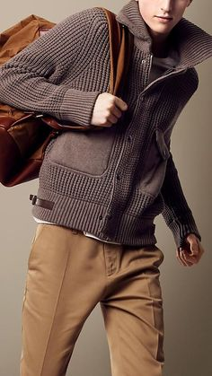 Burberry Men, Knitwear Fashion, Men's Knitwear, Mens Clothing Styles, Men's Clothing, Vintage Clothing, Vintage Outfits, Mens Knit Sweater, Mens Chunky Cardigan