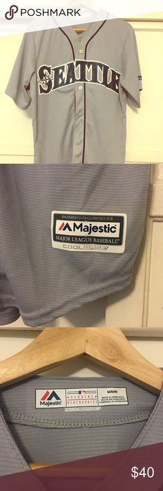 Majestic Official MLB Seattle Mariners Jersey Retail at $80 Size M Never been worn! No name on back Majestic Shirts