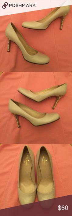 Kate Spade 'Karolina' heels Kate Spade 8.5 'Karolina' heels. Nude shoe with a cheetah print heel. Bottom and inside shoe signs of wear, but outside of shoe still in good condition. kate spade Shoes Heels