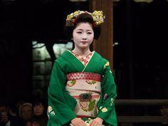 東山花灯路2013 八坂神社奉納舞踊 - Giwon Satsuki