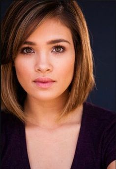 Fabulous Medium Straight Bob Haircuts for Round Faces? More