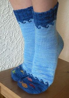 Fish in the Sea knitting pattern by Elizabeth Sullivan. these are so cute! i have small feet (women's and like my socks to fit snug. Photo © Sweet Paprika Designs ~~~Any type of socks like this really Knitting Socks, Hand Knitting, Knit Socks, Knitted Slippers, Knitting Charts, Knitting Projects, Crochet Projects, Knitting Tutorials, Patterned Socks